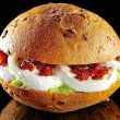 Storia panino con mozzarella & C.