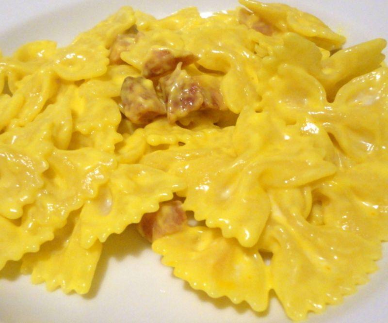 ricetta pasta farfalle allo zafferano
